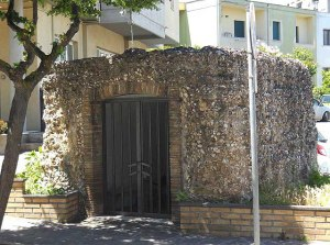 Il Mausoleo di età romana trasformato in cappella
