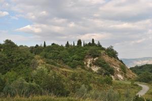 Civitacampomarano: Il cimitero sulla collina